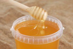 Мед с акации, а не с рынка